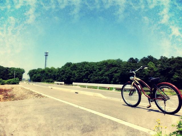 自転車と一本道